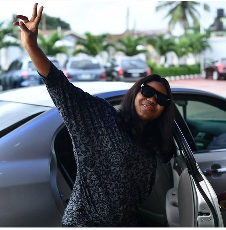 Akamdinelu – Mercy Chinwo (Lyrics + Video + Mp3 Free Download)